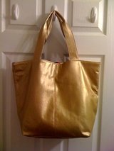 Sarah Jessica Parker NYC 2 face wear tote in DeRidder, Louisiana
